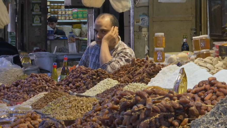 La violencia empaña el inicio del Ramadán