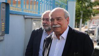 Yunan parlamento başkanından tutuklu askerlere ziyaret