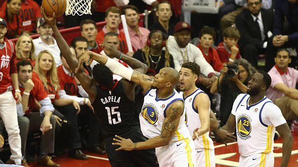 A Houston Rockets felmosta a pályát Durantékkal
