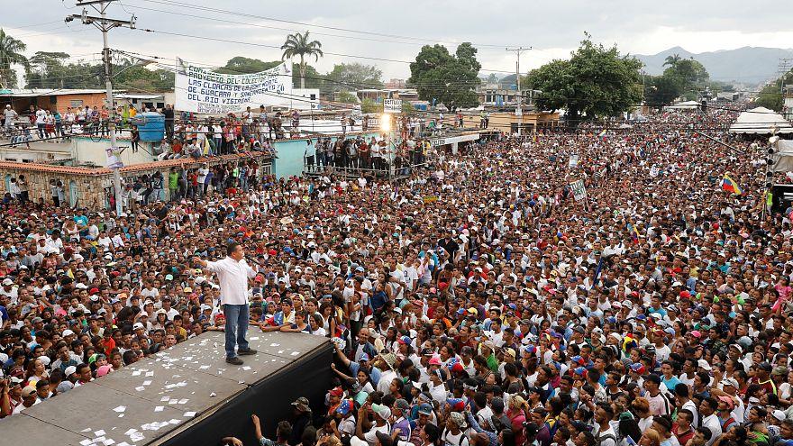 ¿Por qué solo cerca del 3% de los millones de venezolanos en el extranjero va a votar?
