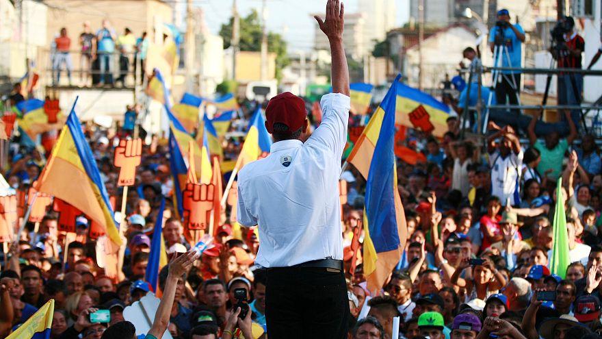Venezuela : l'opposition morcelée face à Maduro