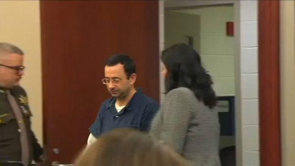 Larry Nassar à chegada ao tribunal