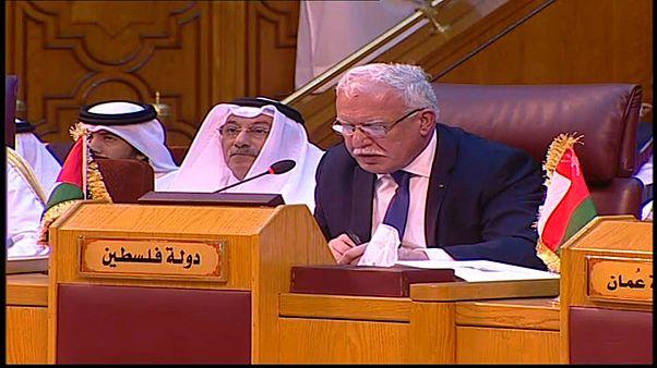 دعوة فلسطينية لسحب السفراء العرب في واشنطن اعتراضاً على نقل السفارة الأمريكية إلى القدس