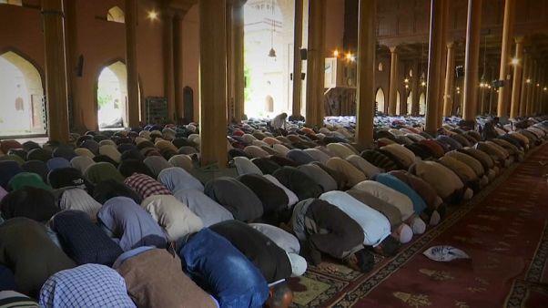 La India celebra el comienzo del Ramadán