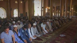 Muslims in Srinagar mark the first day of Ramadan