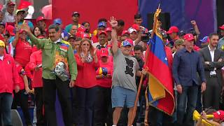 El 'soldado' Maradona respalda a Maduro en su cierre de campaña