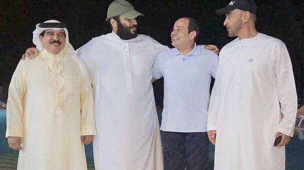 صورة ودية لقادة التحالف الخليجي العربي في مواجهة قطر