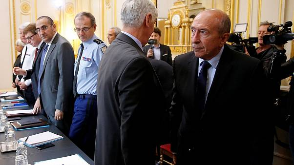 Γαλλία: Συνεχίζονται οι έρευνες για την επίθεση με μαχαίρι στο Παρίσι