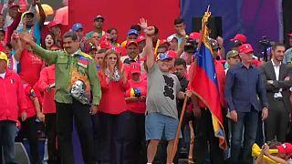 Maradona no comício de Nicolas Maduro
