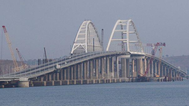New bridge cements Russia's hold on Crimea