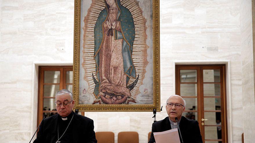 Pédophilie : 34 évêques chiliens démissionnent