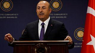 وزير الخارجية التركي مولود تشاووش أوغلو في قمة منظمة التعاون الاسلام