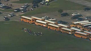 Usa: studente spara in una scuola in Texas, 10 morti