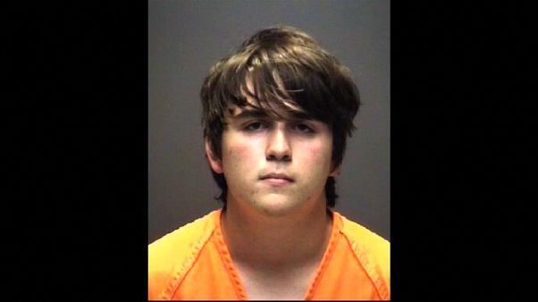 طالب يقتل 10 تلاميذ بالرصاص في مدرسة ثانوية بتكساس