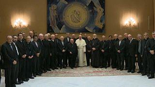 Lemondanak a chilei püspökök