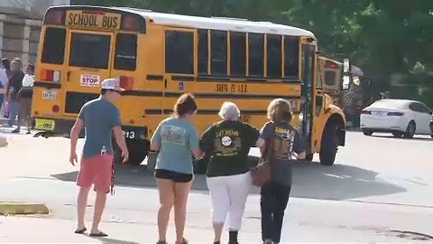 Iskolai lövöldözés Texasban, 10 halott