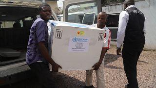 Ebola : l'OMS tente de rassurer