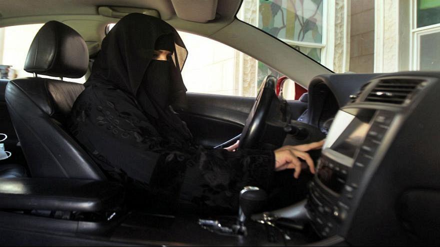 السعودية تعتقل ناشطات طالبن بحق المرأة في القيادة بعد أشهر من السماح به