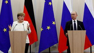 Merkel ve Putin Soçi'de görüştü