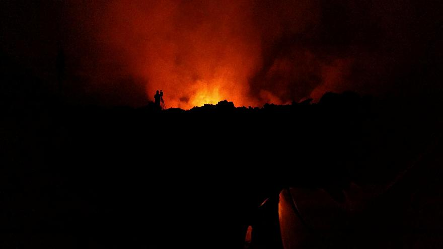 Hawaii volcano continues to erupt