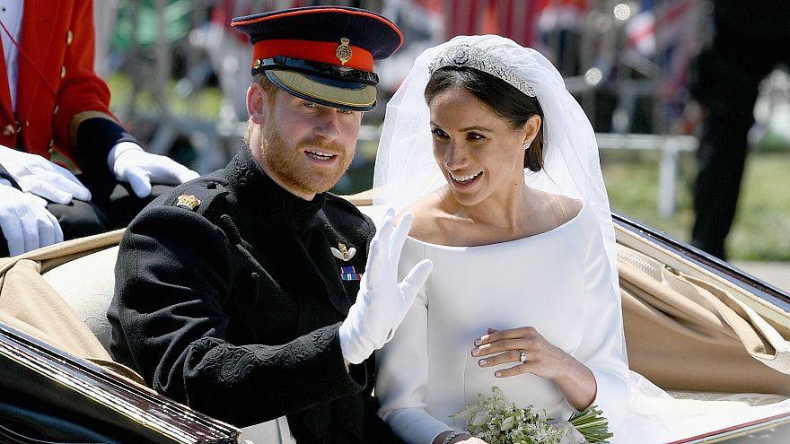 Geschafft! Meghan und Harry nach der Trauung auf der Fahrt durch Windsor