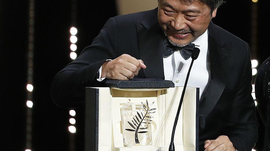"""Hirokazu Kore-eda remporte la Palme d'Or pour """"Une affaire de famille"""""""