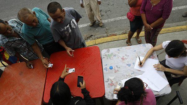 Venezuela'da muhalefet boykotu altında seçimler