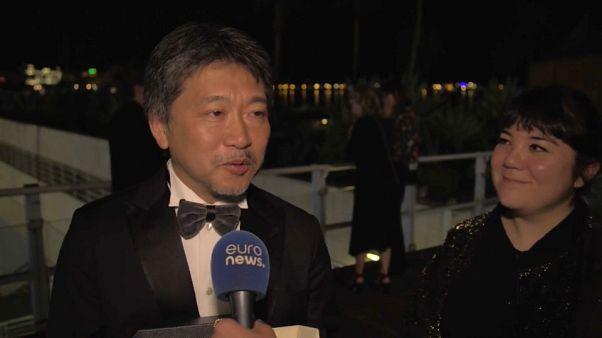 Kore-eda se alza con la Palma de Oro en Cannes