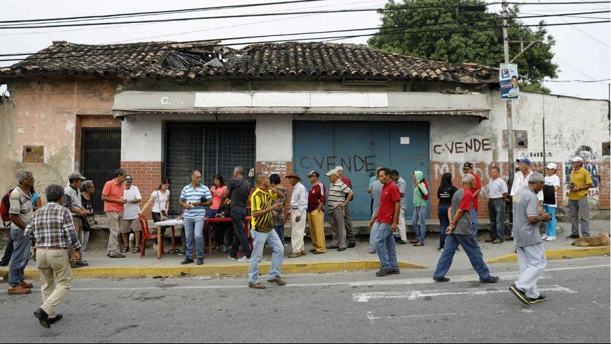 Elnököt választ Venezuela
