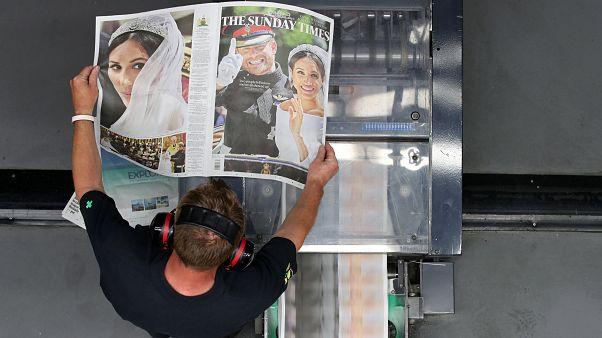 هجوم مردم بریتانیا برای خرید روزنامه