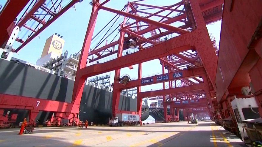 Estados Unidos y China congelan su guerra comercial