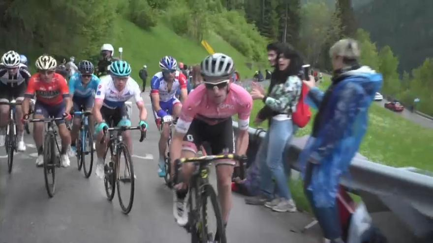 Giro d'Italia: Yates sempre più padrone, il britannico vince anche a Sappada