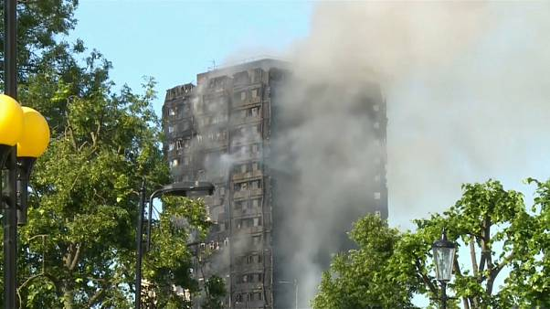 Londra, al via la  inchiesta pubblica sul rogo alla Grenfell Tower