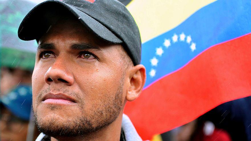 Opposant vénézuélien réfugié en Colombie après réélection Maduro.