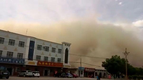 Homokvihar csapott le Kínában