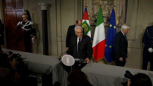 """Populistas italianos apresentam """"contrato de Governo"""" ao Presidente"""