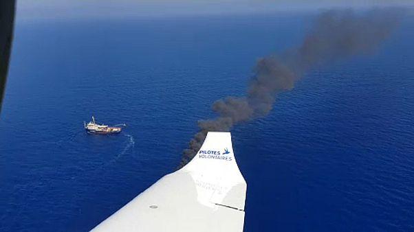 Εθελοντές πιλότοι σώζουν ζωές στη Μεσόγειο