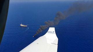 Пилоты спасают мигрантов
