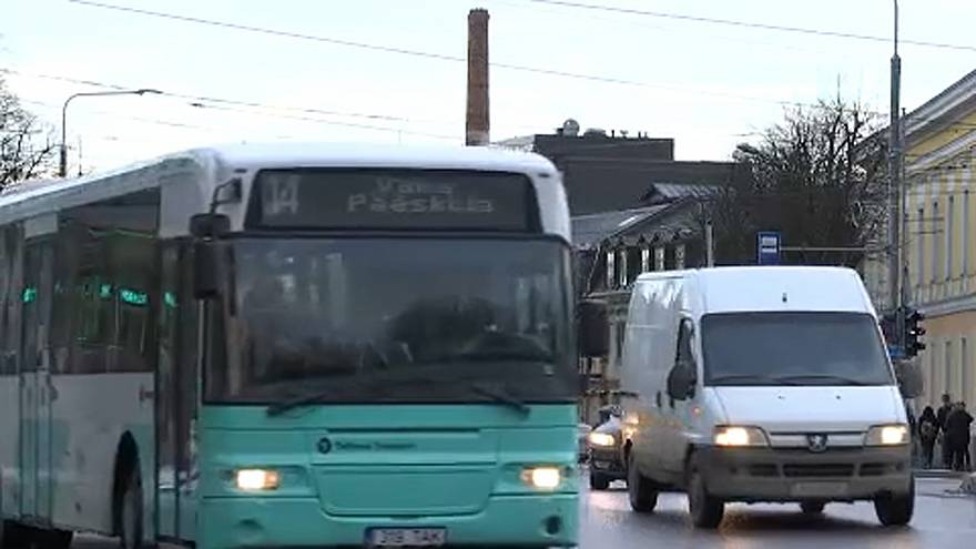 Ingyenes lesz a buszozás Észtországban