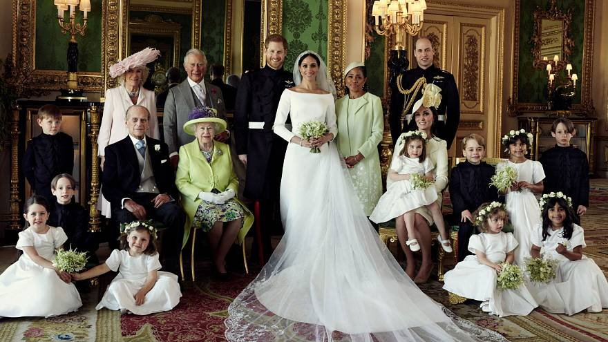 The official photos of Harry and Meghan's royal wedding have just dropped in