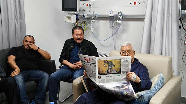 قدم زدن محمود عباس در بیمارستان؛ حال عمومی وی رو به بهبودی است