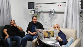 Аббас пока останется в больнице