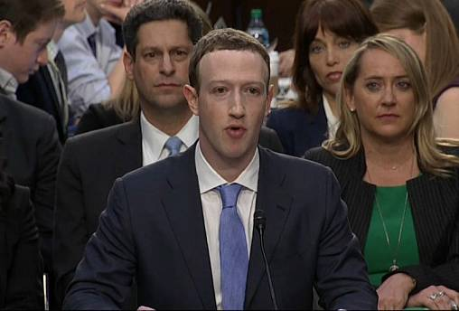 Mark Zuckerberg riferisce al Parlamento europeo in streaming