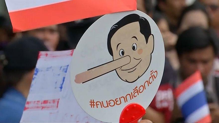Ativistas pela democracia não confiam em Prayut Chan-o-cha