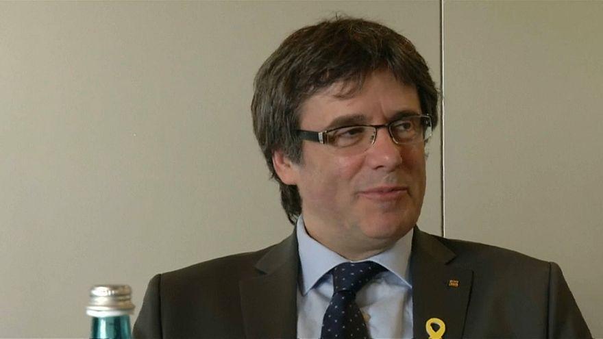 Procuradoria alemã pede extradição de Puigdemont
