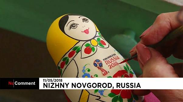 Russie : les célèbres matriochkas n'échappent pas à la fièvre du ballon rond
