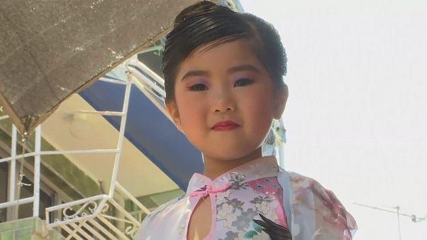Фестиваль булочек на Ченг Чау