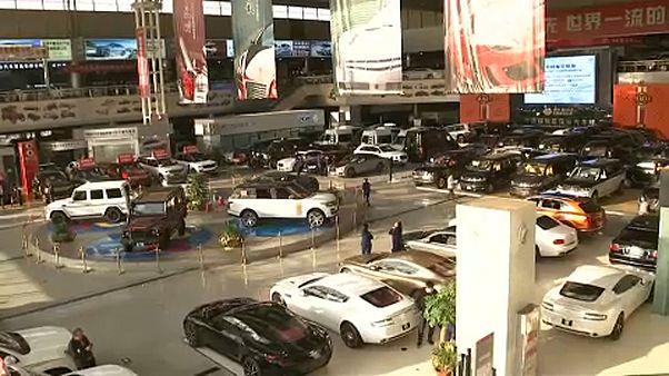 Kína: Csökkennek az autós importvámok