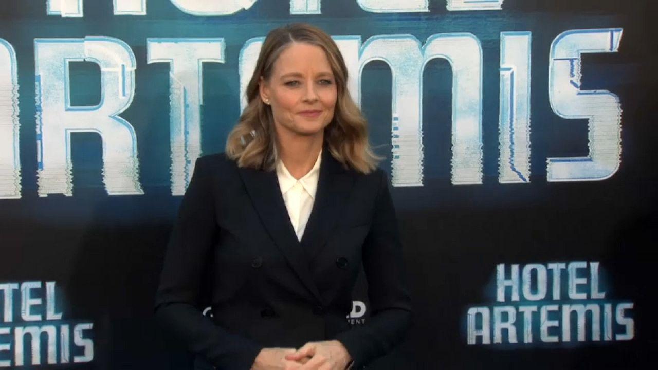Jodie Foster suçluların 'hemşire'si oluyor