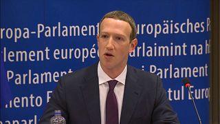 زوكيربرغ يعتذر لأعضاء البرلمان الأوروبي عن تسريب بيانات مستخدمي فيسبوك